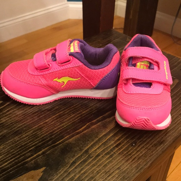 02432a3e35 kangaroo Other - Toddler girls kangaroo shoes 8